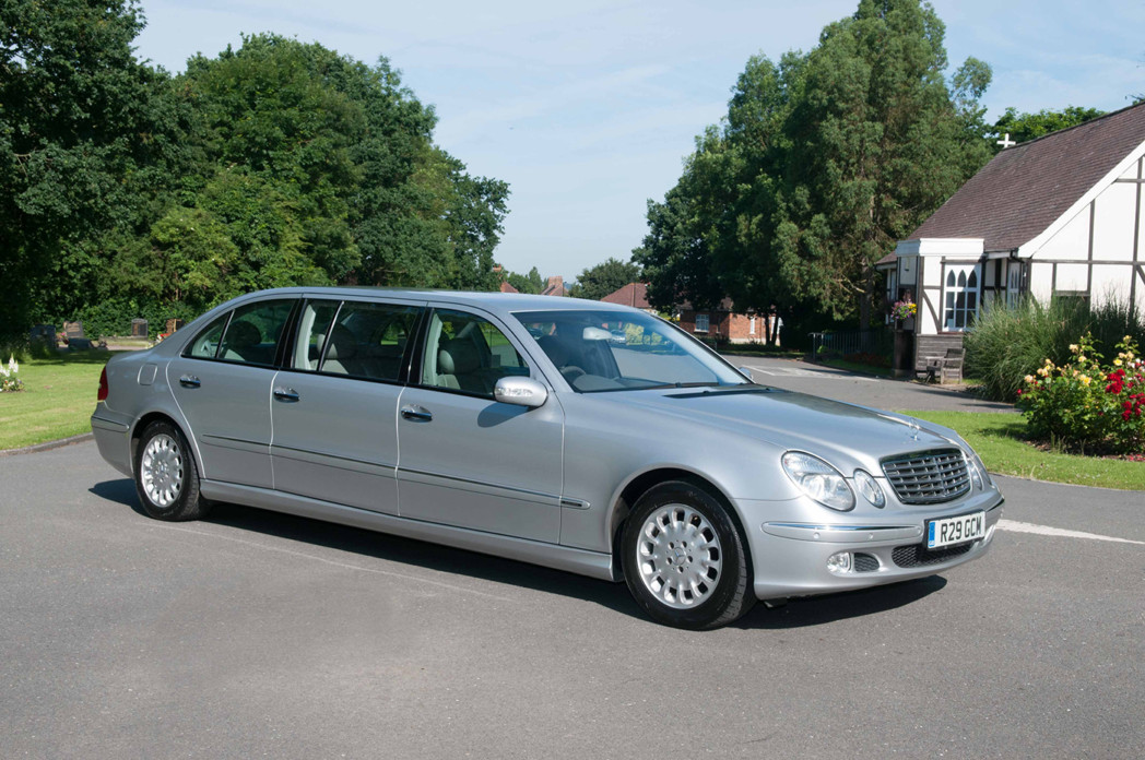 Silver Hearse and Silver Limousine Fleets - Green's Carriage